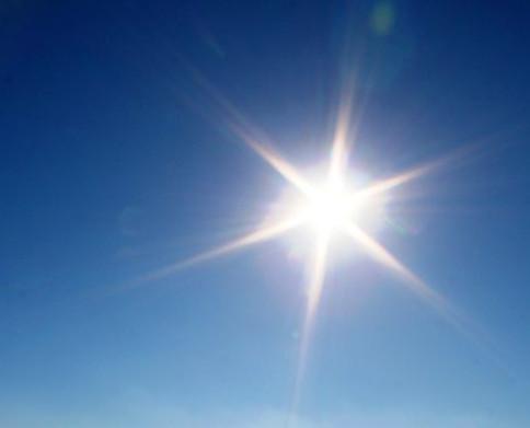 Evita exponerte al sol durante las horas centrales del día